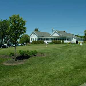 Watertown GC: Clubhouse